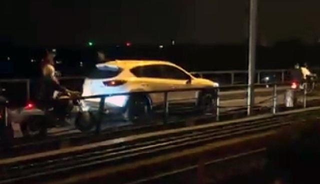 Hà Nội: Xử lý tài xế xe Mazda CX-5 đi trên cầu Long Biên - 1