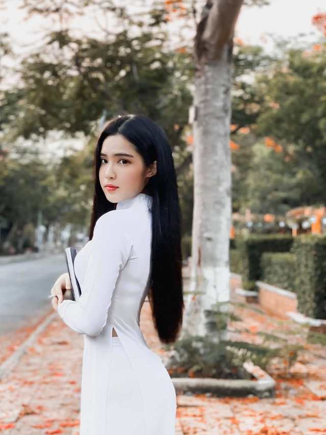 Hot girl được báo Trung Quốc khen ngợi đẹp dịu dàng mùa chia tay mái trường - 6