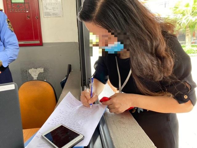 Lùm xùm học phí online Trường Quốc tế Singapore: Phụ huynh lại phản đối - 2