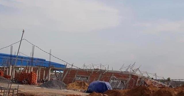 Sập tường công trình đang xây dựng, 10 người tử vong - 8