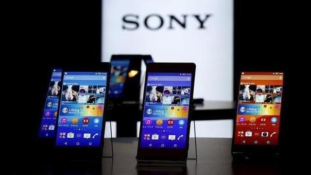 Doanh số smartphone cả quý của Sony thua Samsung, Huawei bán trong một ngày - 1