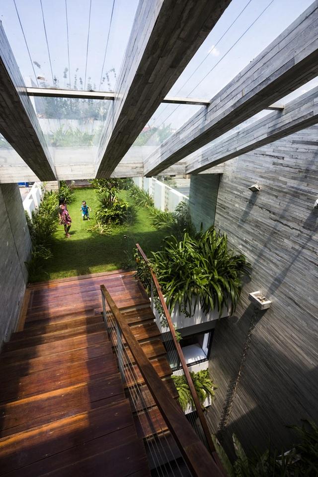 Ngỡ ngàng biệt thự ở Đà Nẵng xây cả công viên tuyệt đẹp trên sân thượng - 11