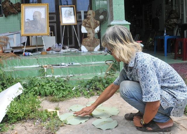 Gặp nghệ nhân tạo tranh về Bác Hồ từ lá sen - 2