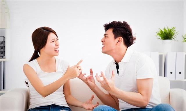 Đang lâm trận, chồng vẫn bộc lộ tính keo kiệt khó tin - 1