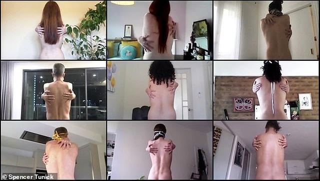 """Dự án nhiếp ảnh """"khỏa thân... đeo khẩu trang"""" - 1"""