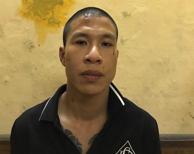 Hà Nội: Tóm gọn đối tượng dùng dao cướp xe máy trong đêm - 1