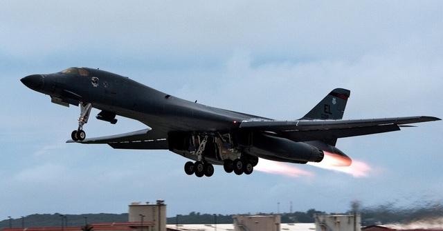 Mỹ tăng sức ép quân sự với Trung Quốc - 1