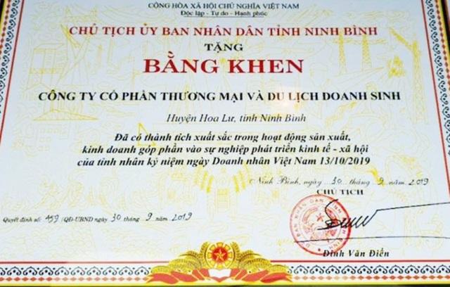 """Chủ tịch tỉnh khen """"nhầm"""" doanh nghiệp xâm hại Tràng An: Rút kinh nghiệm! - 1"""