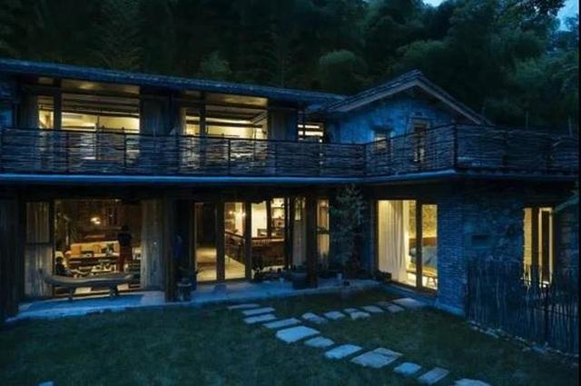 Cặp vợ chồng ở Trung Quốc bỏ việc lên núi, chi 13 tỷ đồng để cải tạo nhà - 9