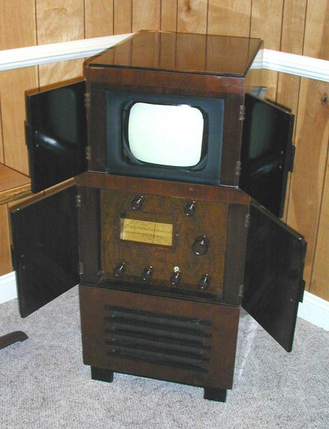 TV đã tiến hoá thế nào trong gần một thế kỷ qua? - 4