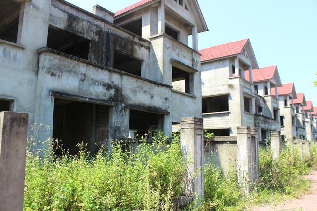 Hà Tĩnh: Hàng chục căn biệt thự hạng sang bỏ hoang giữa lòng thành phố - 10