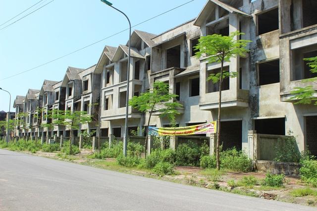 Hà Tĩnh: Hàng chục căn biệt thự hạng sang bỏ hoang giữa lòng thành phố - 3