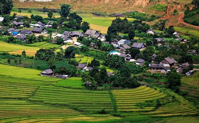 Những bản làng vùng cao đẹp như tranhvẽ - 2