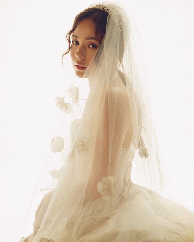 Taeyang của Big Bang gây sốt khi chia sẻ về siêu đám cưới 2 năm trước - 3