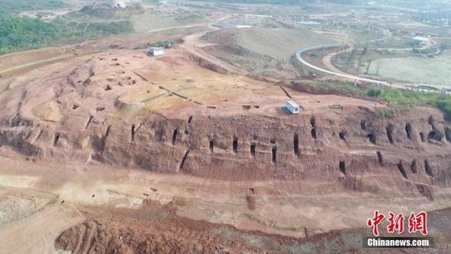 Xây công viên phát hiện hơn 6000 ngôi mộ cổ từ nhiều triều đại - 1
