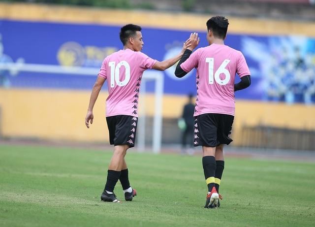 Thầy Park dự khán, CLB Hà Nội thắng CLB Viettel trước ngày V-League trở lại - 3