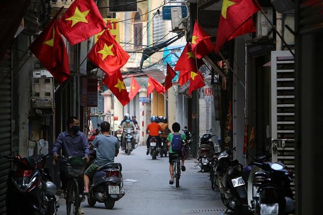 Thủ đô rực rỡ cờ hoa kỷ niệm 130 năm ngày sinh nhật Bác - 12