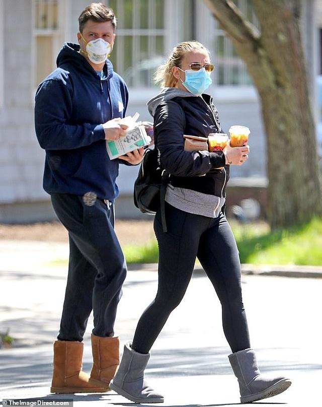 Kate Beckinsale hạnh phúc bên bạn trai kém 24 tuổi - 7
