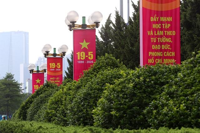 Thủ đô rực rỡ cờ hoa kỷ niệm 130 năm ngày sinh nhật Bác - 2