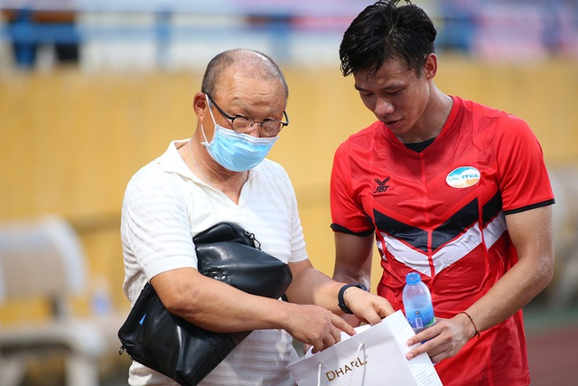 Thầy Park dự khán, CLB Hà Nội thắng CLB Viettel trước ngày V-League trở lại - 1