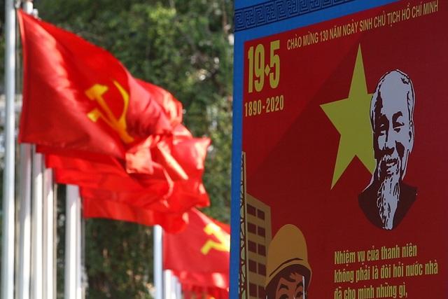Thủ đô rực rỡ cờ hoa kỷ niệm 130 năm ngày sinh nhật Bác - 4