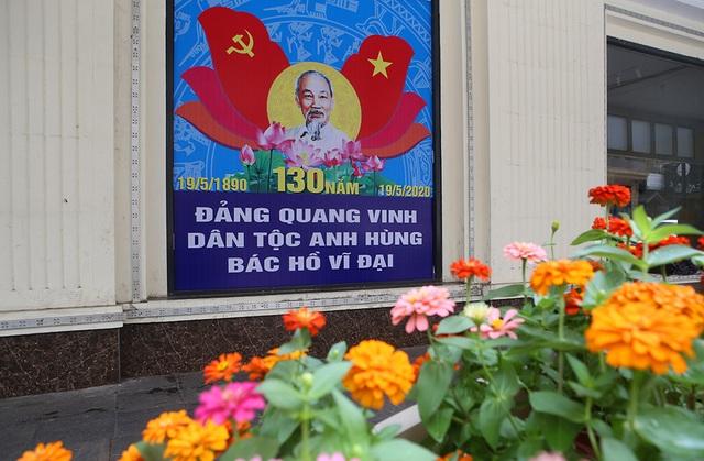 Thủ đô rực rỡ cờ hoa kỷ niệm 130 năm ngày sinh nhật Bác - 3