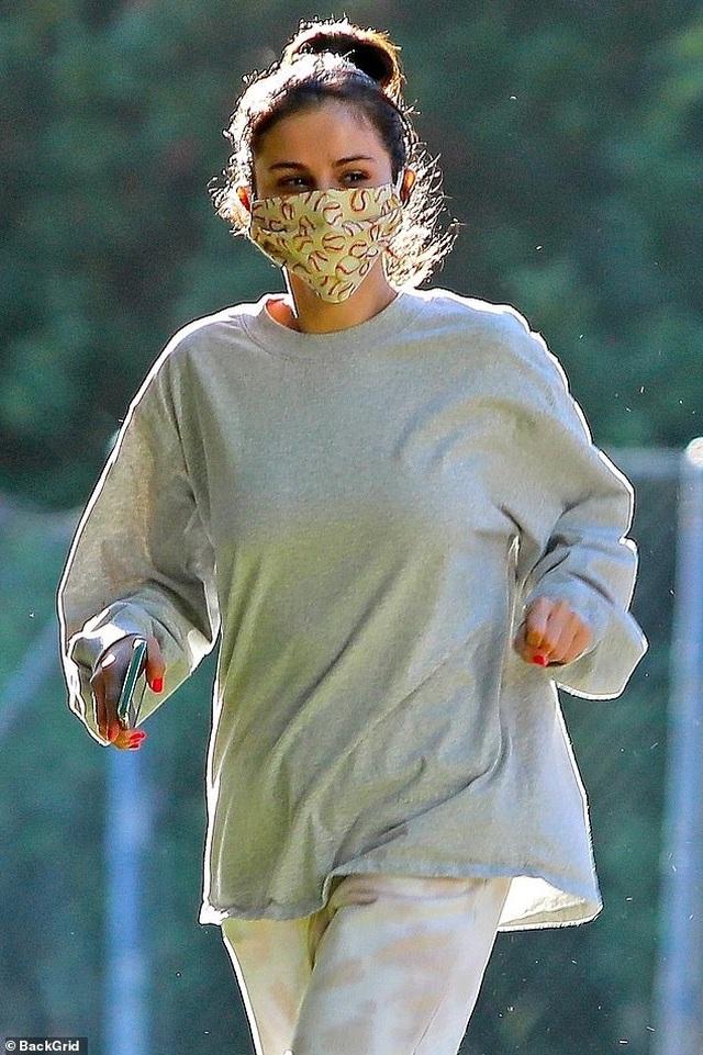 Kate Beckinsale hạnh phúc bên bạn trai kém 24 tuổi - 10