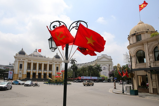 Thủ đô rực rỡ cờ hoa kỷ niệm 130 năm ngày sinh nhật Bác - 10