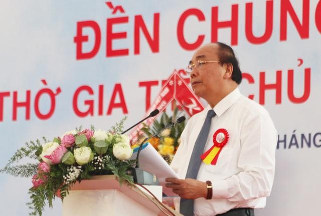 Thủ tướng cắt băng khánh thành đền thờ gia tiên Chủ tịch Hồ Chí Minh - 2