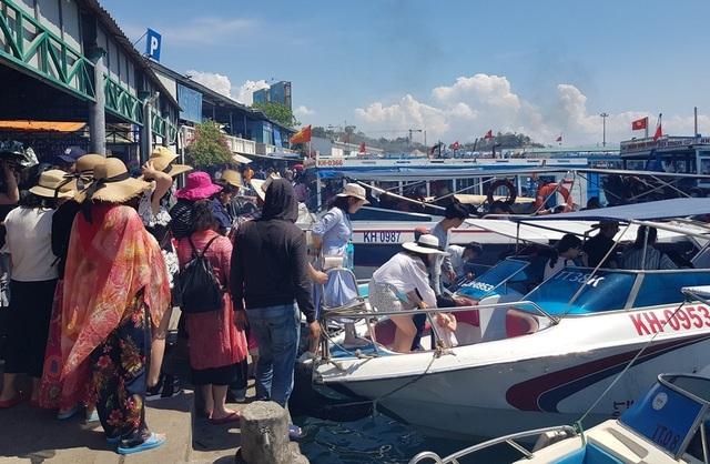 Nha Trang: Dừng hoạt động bến tàu du lịch Cầu Đá sau nhiều năm quá tải - 1