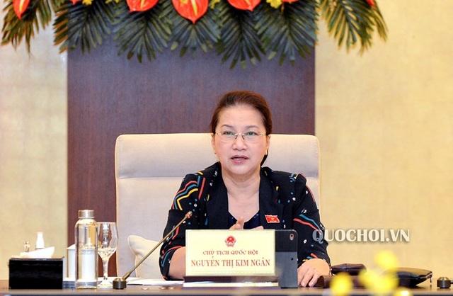 Chủ tịch Quốc hội yêu cầu thẳng thắn về việc chậm biên soạn sách giáo khoa - 2