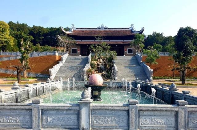 Thủ tướng cắt băng khánh thành đền thờ gia tiên Chủ tịch Hồ Chí Minh - 4