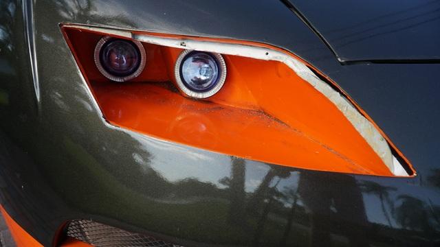 Hô biến Honda Civic thành… siêu xe Bugatti Veyron - 13