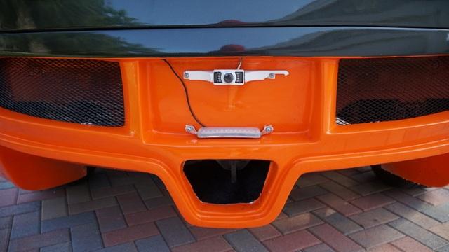 Hô biến Honda Civic thành… siêu xe Bugatti Veyron - 15