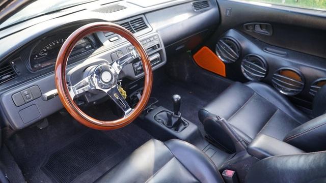 Hô biến Honda Civic thành… siêu xe Bugatti Veyron - 19
