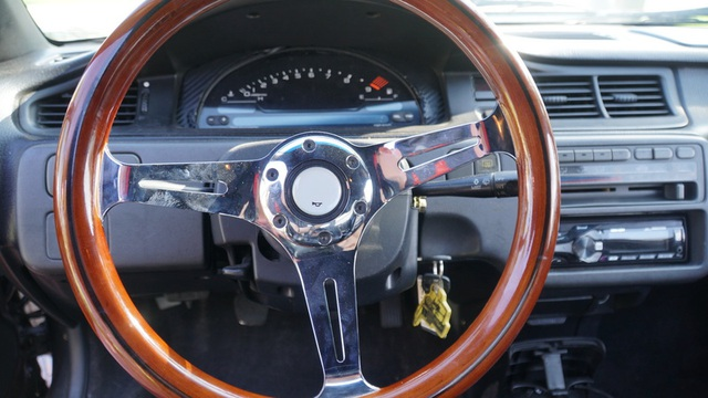 Hô biến Honda Civic thành… siêu xe Bugatti Veyron - 22
