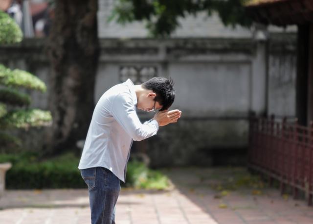 Hà Nội: Thắng cảnh, di tích thưa vắng khách trong ngày mở cửa trở lại - 8