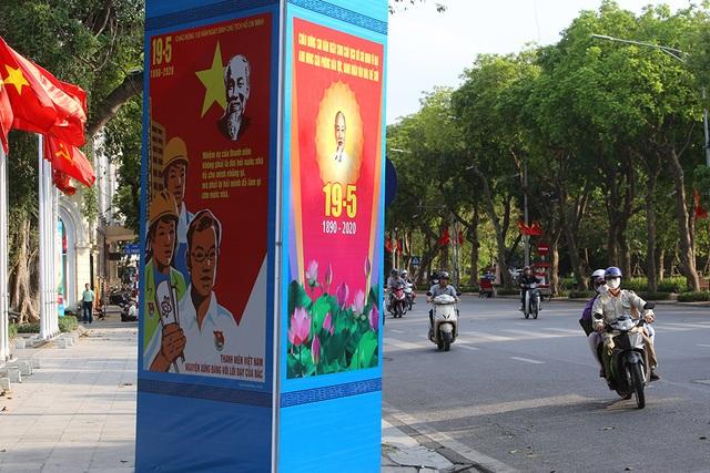 Thủ đô rực rỡ cờ hoa kỷ niệm 130 năm ngày sinh nhật Bác - 11