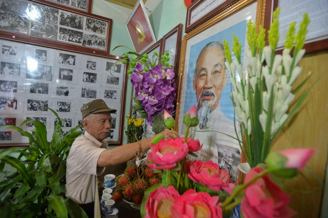 Cụ ông dành gần nửa đời người xây dựng bảo tàng về Bác Hồ ở Hà Nội - 2