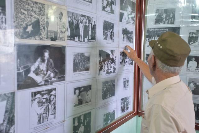 Cụ ông dành gần nửa đời người xây dựng bảo tàng về Bác Hồ ở Hà Nội - 7