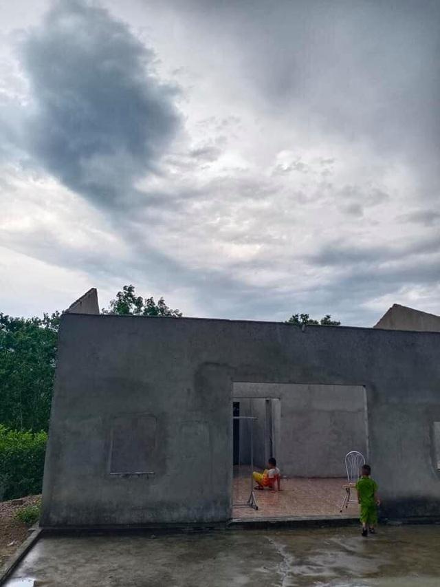 Huyện nghèo liên tiếp hứng lốc xoáy, chịu thiệt hại nặng nề - 3