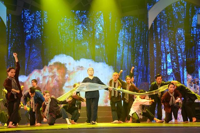 Nghệ sĩ quốc tế biểu diễn kỷ niệm 130 năm ngày sinh Chủ tịch Hồ Chí Minh - 2
