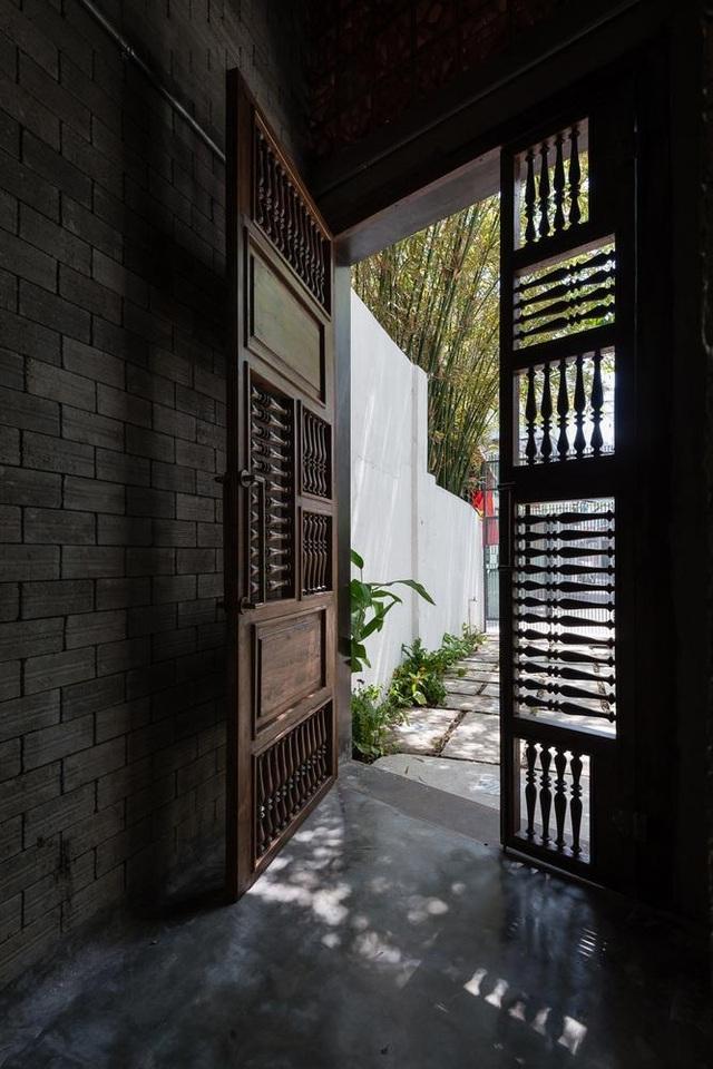 Độc đáo ngôi nhà mang phong cách thiền tĩnh lặng giữa lòng Sài Gòn - 2