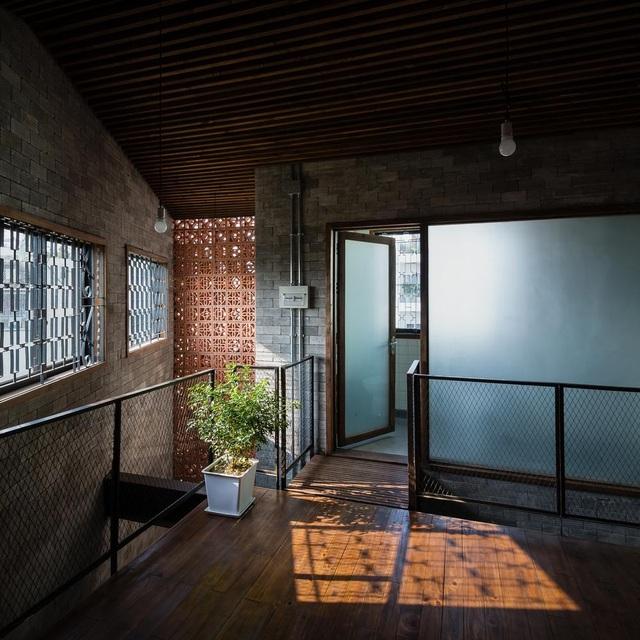 Độc đáo ngôi nhà mang phong cách thiền tĩnh lặng giữa lòng Sài Gòn - 5