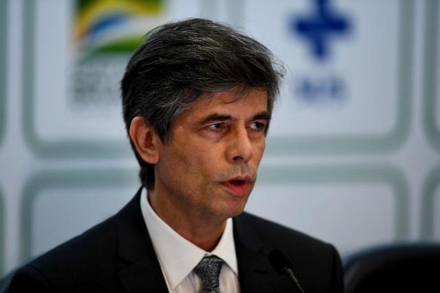 Tăng vọt 15.305 ca Covid-19, Brazil thay bộ trưởng y tế thứ 2 trong 1 tháng - 1