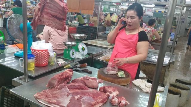 Dân Đà Nẵng không chuộng thịt heo nhập, giá tại chợ vẫn neo ở mức rất cao - 3