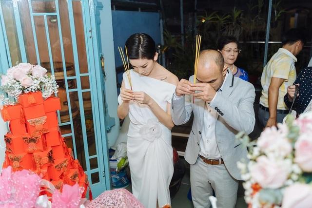 4 tháng sau đám cưới bí mật, Xuân Lan mới tiết lộ ảnh đám hỏi - 17