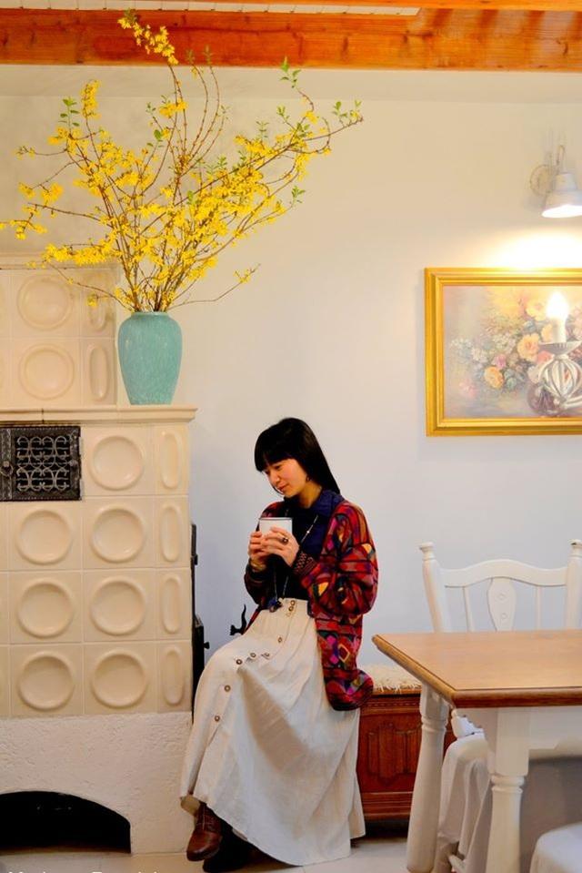 Ngôi nhà tràn ngập sắc hoa hồng tuyệt đẹp của mẹ Việt ở Đức - 13