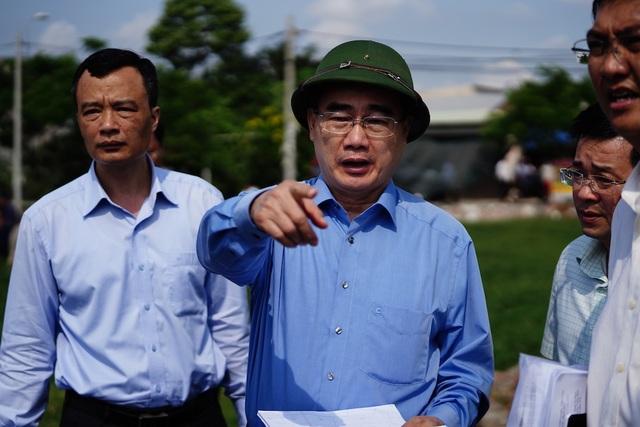 Bí thư Nguyễn Thiện Nhân thị sát thực trạng xây dựng ở Bình Chánh - 2