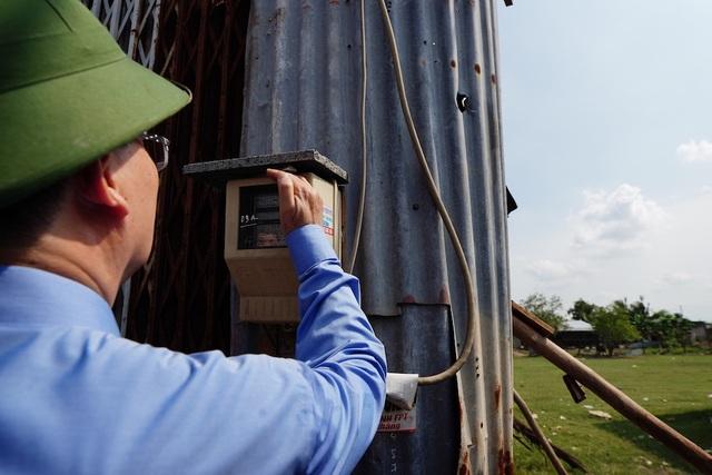 Bí thư Nguyễn Thiện Nhân thị sát thực trạng xây dựng ở Bình Chánh - 9